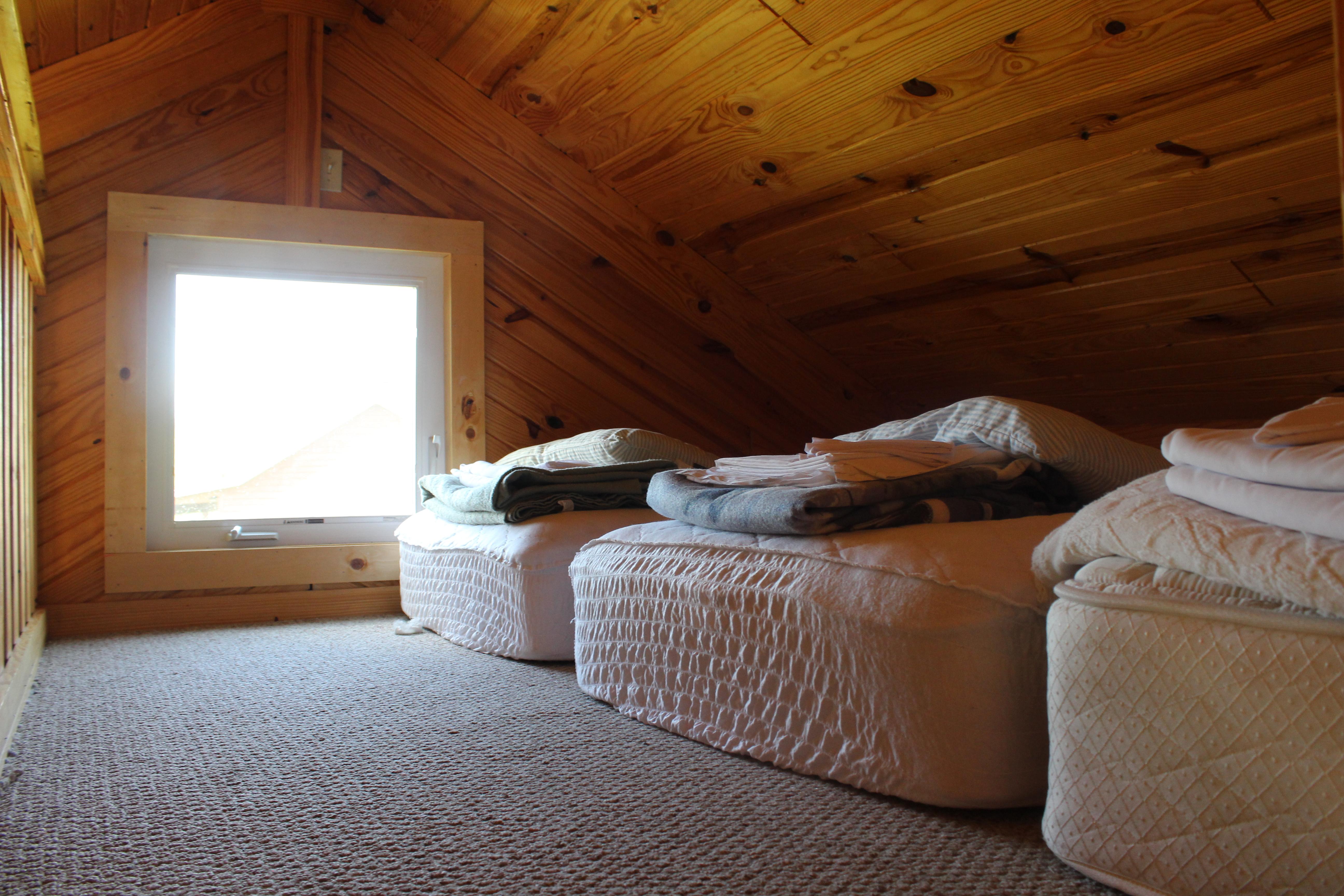 cabin 2 one bedroom sleeps six mozingo lake