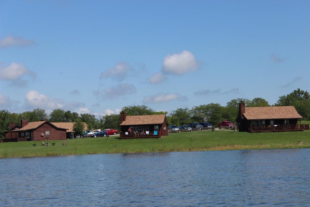 Deluxe Cabins Mozingo Lake Recreation Park